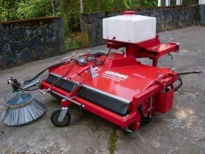 Anbau Kehrmaschine GSO Modell