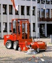 GSV Anbaukehrmaschine Gemeinde