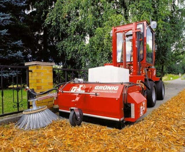 GSV Uni-Truck Anbaukehrmaschine