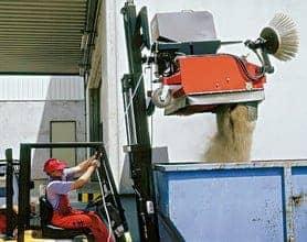 Kehrmaschinen Gabelstapler Hochentleerung