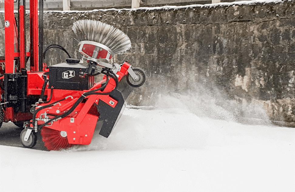 Kombi Kehrmaschine Winterdiensteinsatz