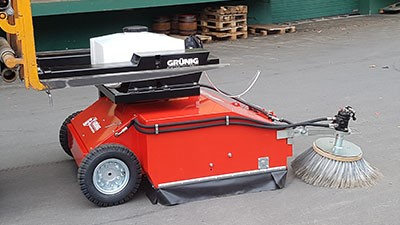 Example: Attachment sweeper GSE with self-propulsion
